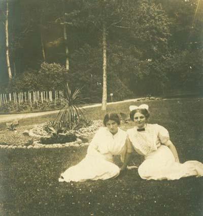Herregårdsjomfruer anno 1915